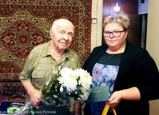 Ветерана Великой Отечественной войны Николая Семеновича Курляева поздравили с днем рождения