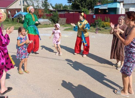 «Фестивальное лето» для жителей улицы Роща