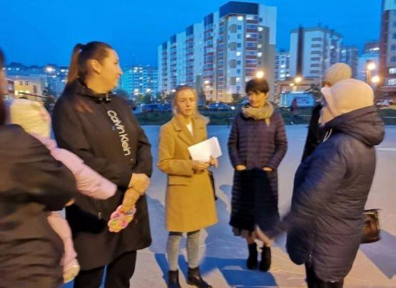 В микрорайоне Дашково-Песочня прошла встреча с жителями по вопросам вакцинации